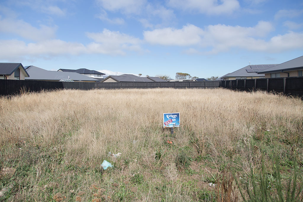 Thumbnail Image of Empty lot in Wigram Skies