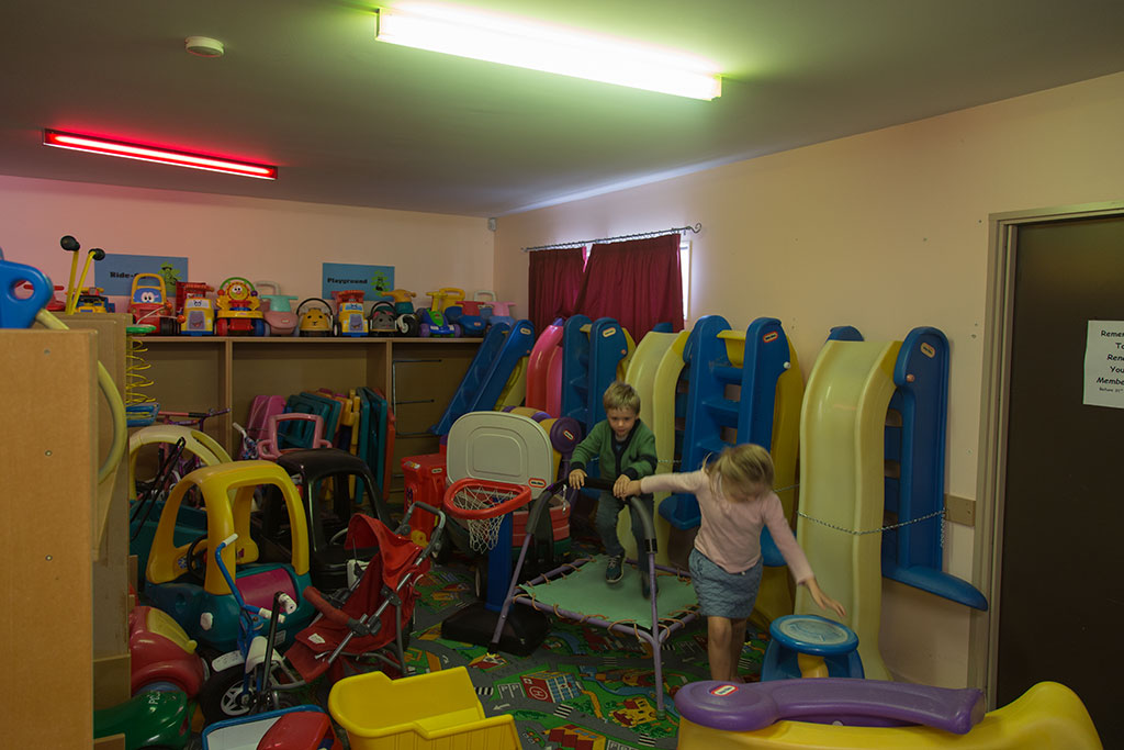Thumbnail Image of Children playing at the Oaklands toy library