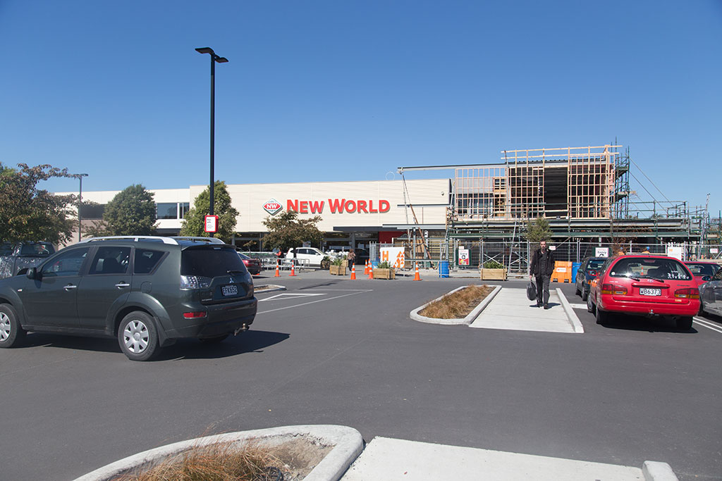 Thumbnail Image of Halswell Road New World supermarket under renovations